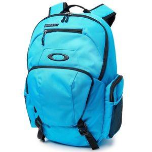 Oakley multisport blade 30 atomic blue backpack